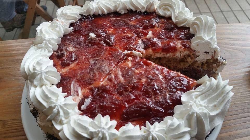 Torta vegana de frutos del bosque y chocolate. #Leerte