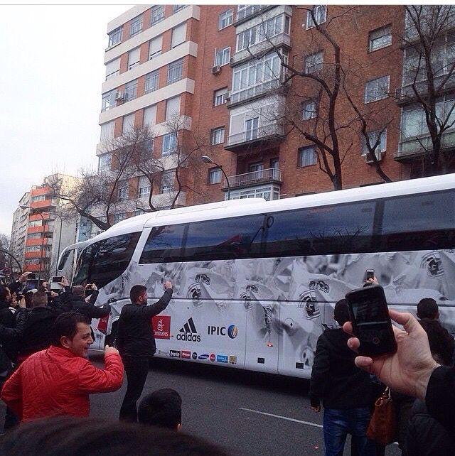 Real Madrid arriving @ Santiago Bernabèu stadium