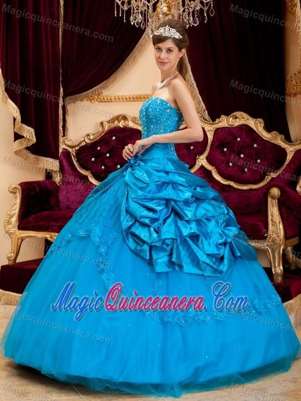 519005916af Teal Blue Taffeta Pick Ups and Appliques Quince Dresses in Belfast ...