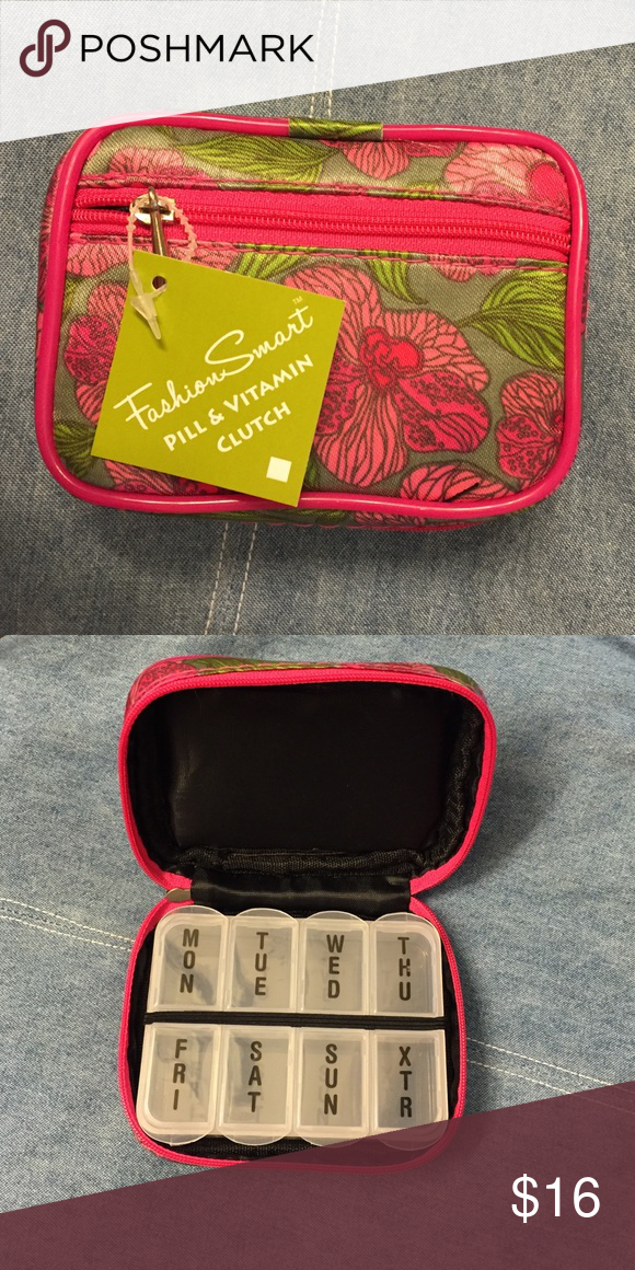 Travel Pill Pouch Nwt Toss It In Your Purse And Take You Pills Or Vitamins With Bags