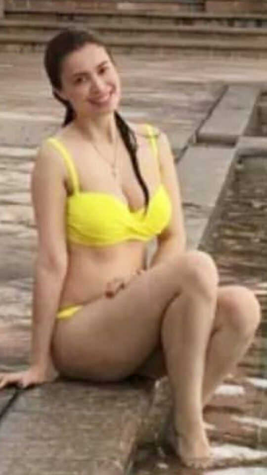 sunshine cruz swimsuit