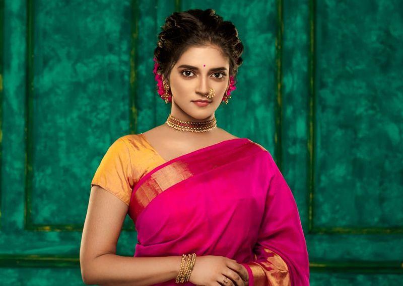 Actress Vasundhara New photoshoot – 2019