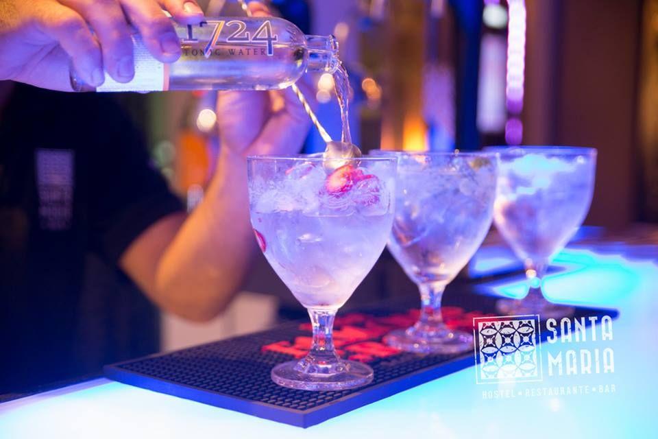 Gin Bar Funchal old town - 01/08/2014