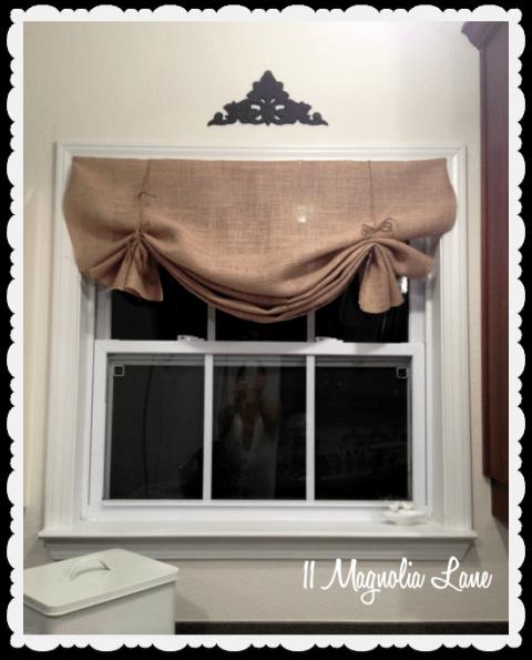 Tutorial How To Make A No Sew Diy Burlap Window Valance Diy