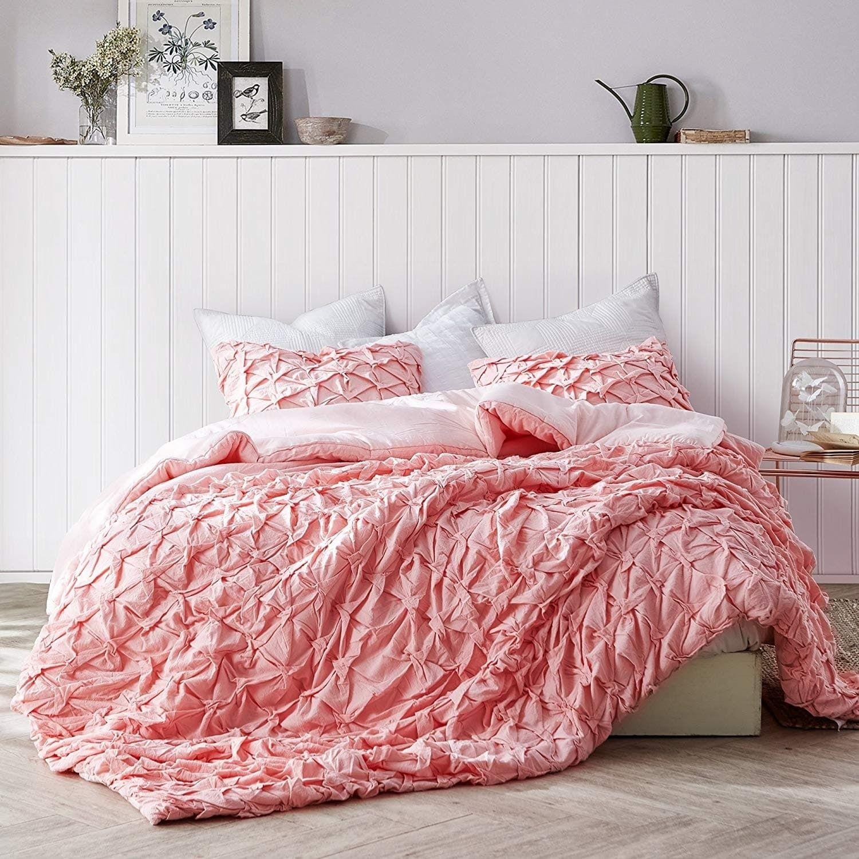 Layered Pleats Comforter Strawberry Quartz Twin Xl 2 Piece