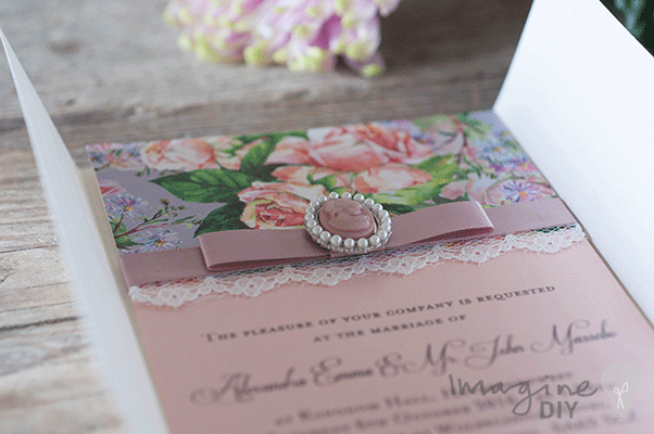 How to make vintage style cameo invitation diy wedding vintage style cameo invitation solutioingenieria Images
