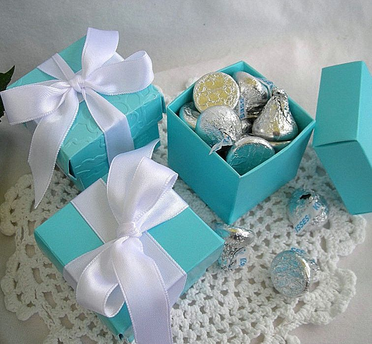 Personalized Favor Box w Custom tags Wedding Favor Boxes Turquoise Pink Gold Silver Navy Thank you Favors Quinceanera Bridal Shower Wedding