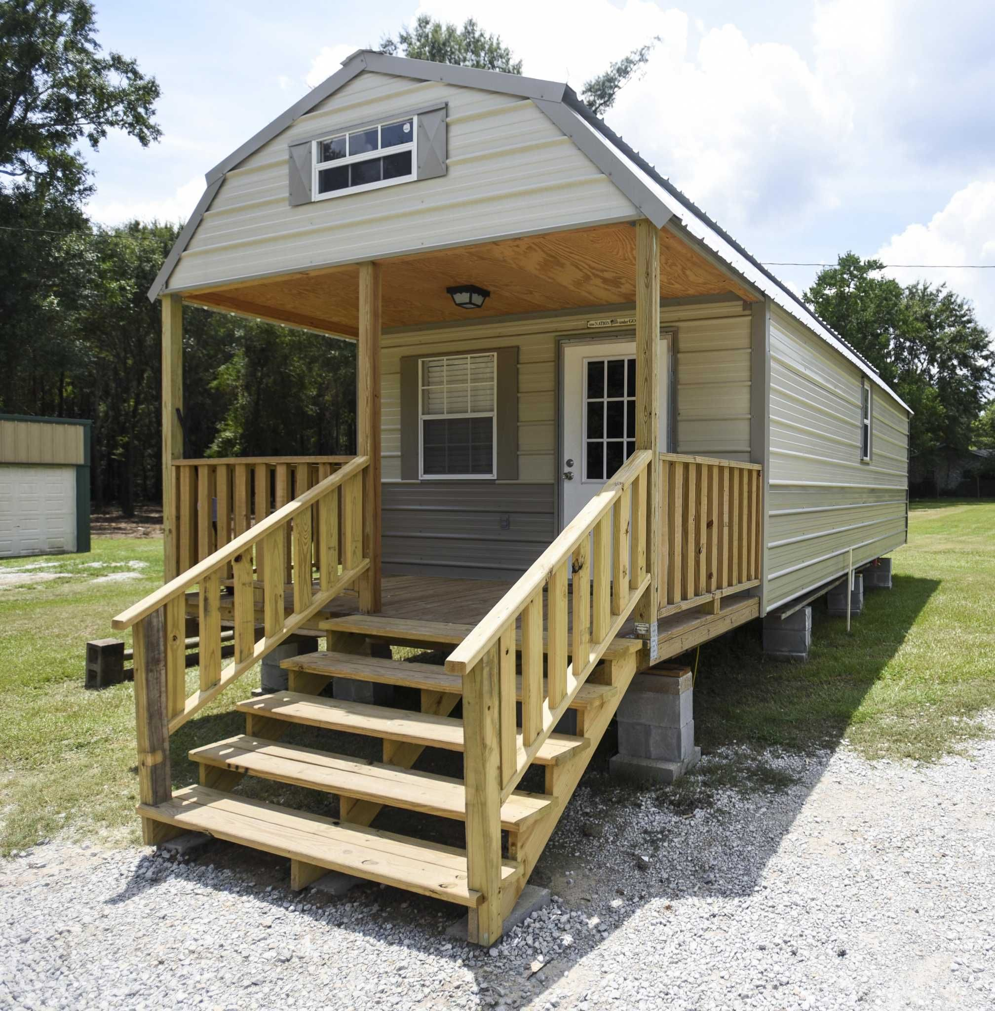 Texas Town Kirbyville Completes First Tiny House In Homeless Village Tiny House Rentals Tiny House Builders Tiny House Community