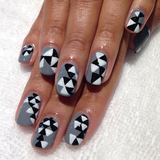 Nice Nails Gray And Black Nails Nail Art City Nails Nails Fun Nails Geometric Nail