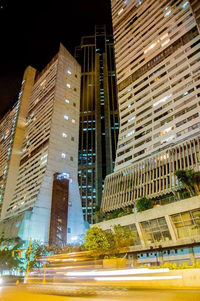 Parque Central, Caracas. 11:20pm Facebook