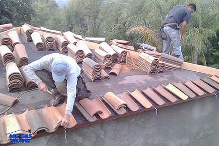 Tiled Roofs Banff : If you suspect you have a problem with your roof, get in touch with the experts here at Thistle Roofers today.