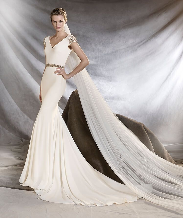 ORVILLE - Wedding dress with v neck and mermaid cut | Wedding dress ...