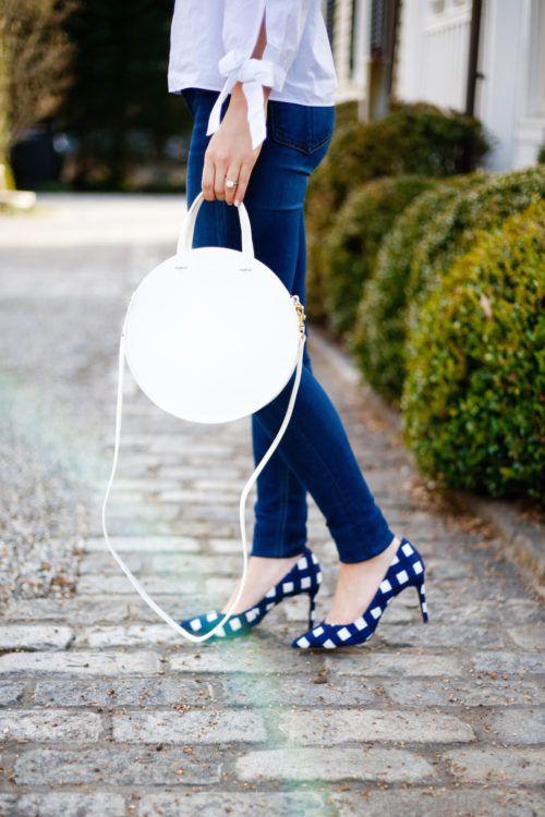 Circle bag + gingham heels.