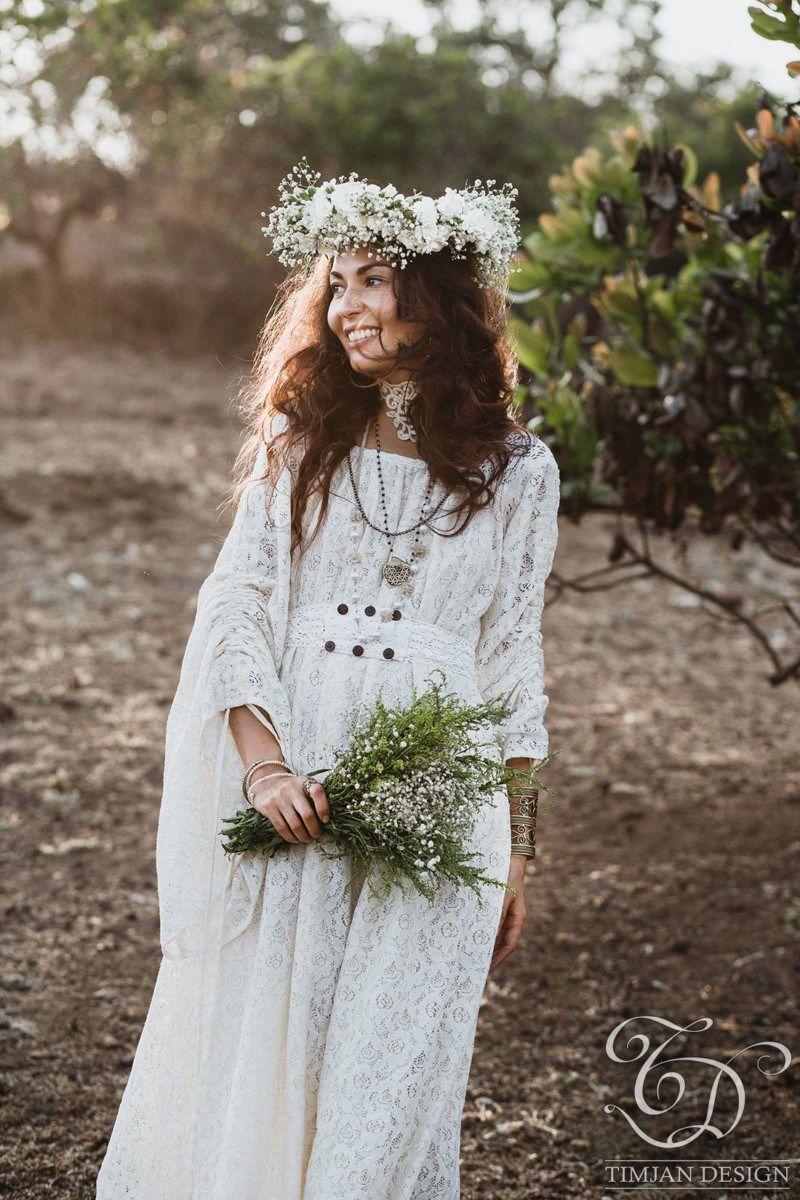 6 affordable plus size boho wedding dresses