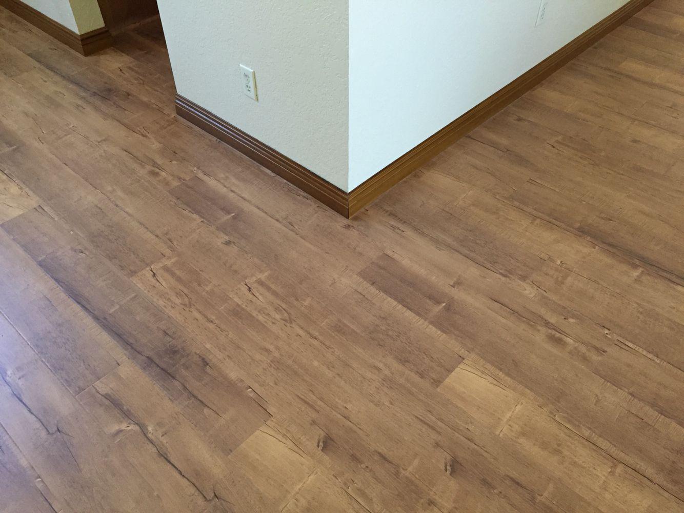 Chestnut 12 3mm Hybrid Laminate Flooring Light Commercial Grade