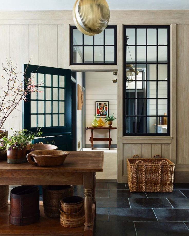Designer Steven Gambrel S 8 Favorite Kitchen Designs: Steven Gambrel - Mud Room? Gorgeous!