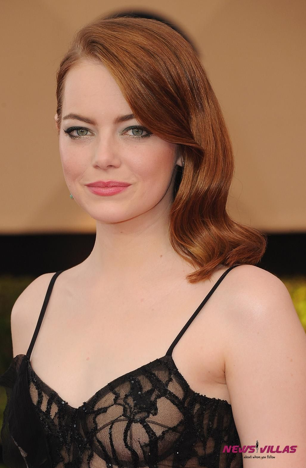 Emma Stone - All Hot HD Photos and Pictures | NewsVillas - News Villas | Emma stone hair ...