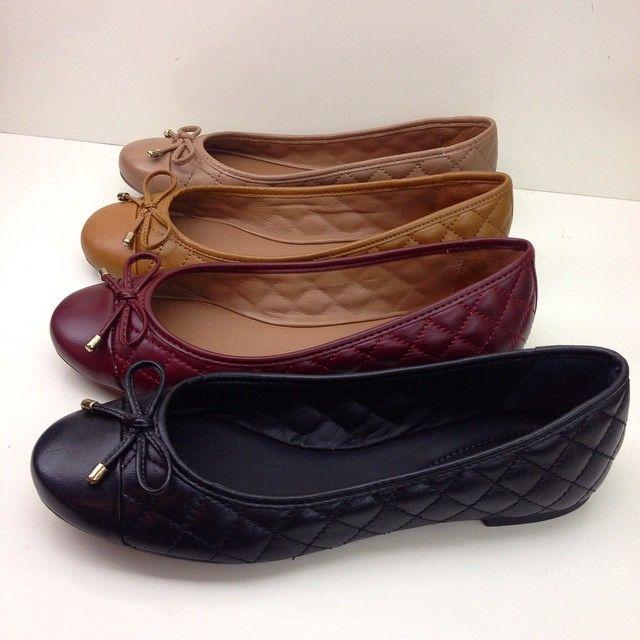 Item indispensável , as sapatilhas em matelassê são clássicas e sofisticadas !  Chegaram nas cores lindas do inverno.  De R$189,90 #arezzomossoro