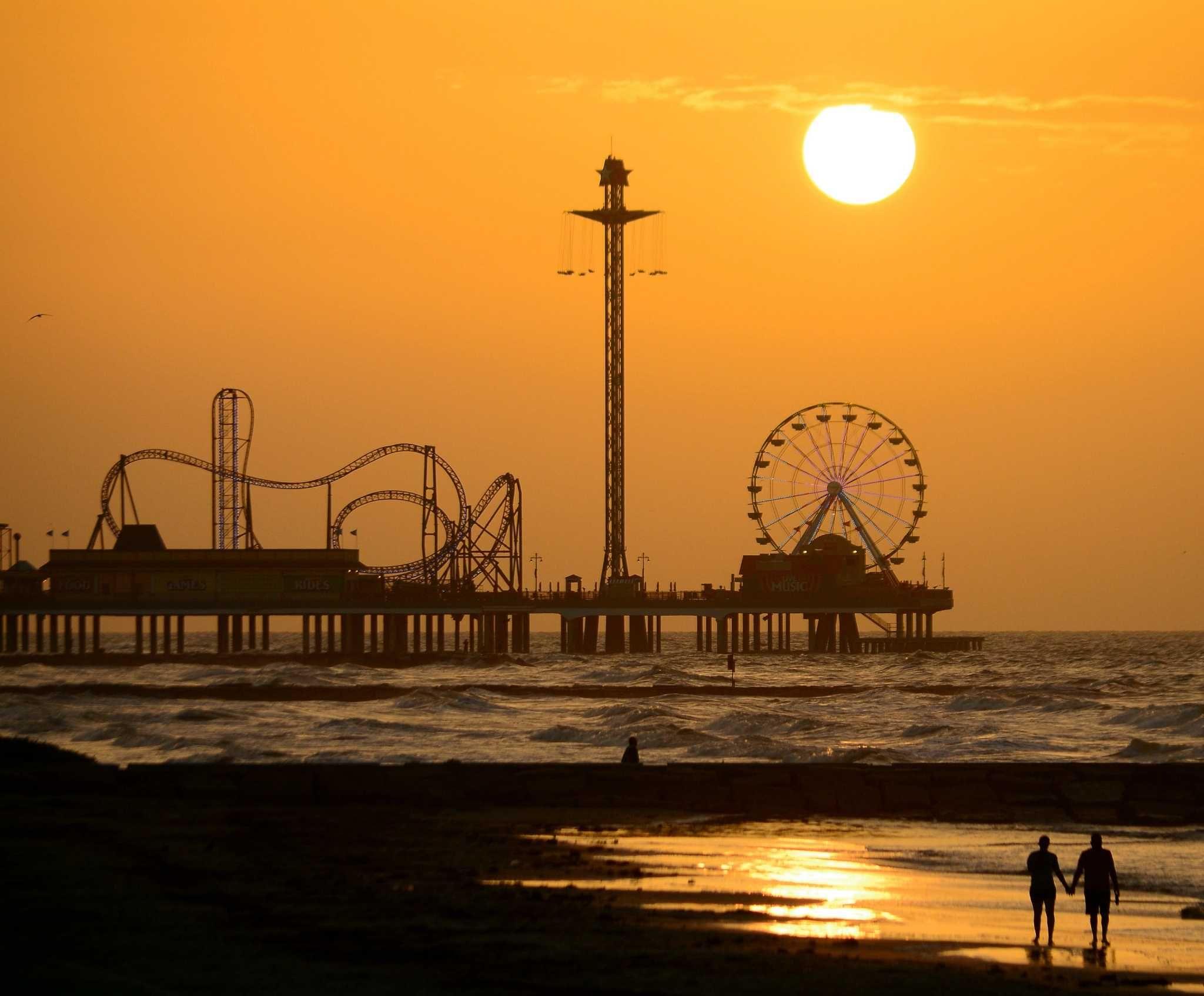 Recipe for a Romantic Galveston Weekend | Weekend beach ...