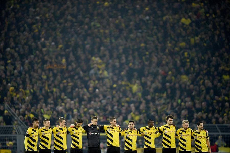 The Real Fans Always Are With Their Team Amazing People Borussia Dortmund Borussia Dortmund Heja Bvb Dortmund
