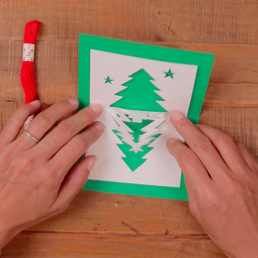 立体でかわいい 手作りクリスマスカード2選 Mama ママタス クリスマスカード 手作り クリスマスカード クリスマス 飾り 工作