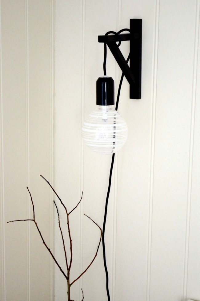 DIY pendant light fixture - IKEA shelf bracket, open bulb