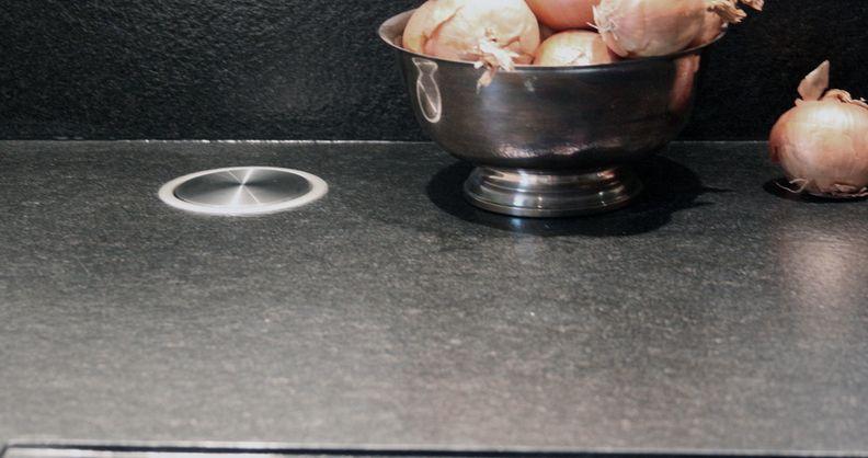 Was halten Sie von den versenkbaren Steckdosen in der - versenkbare steckdosen k che