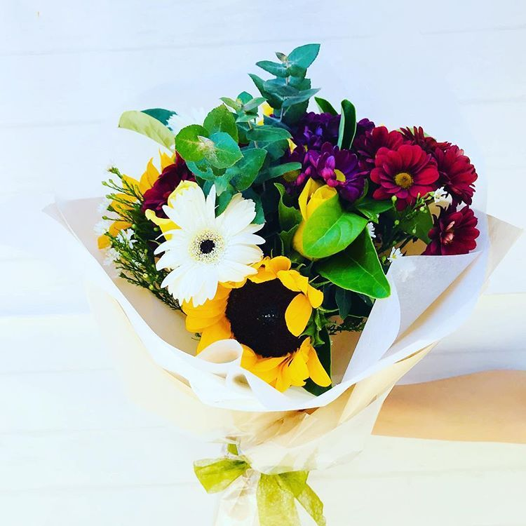 Melbourne Fresh Flowers is best Online Florist in Cabrini