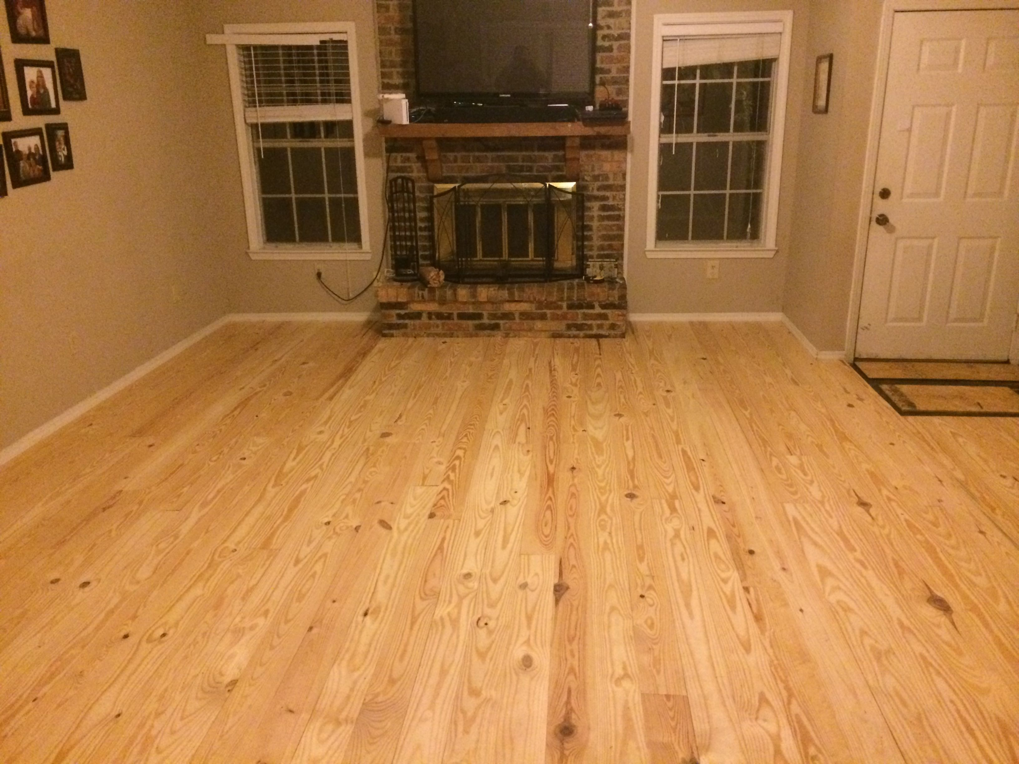 Knotty Pine Flooring : Rustic knotty pine flooring from southern wood specialties