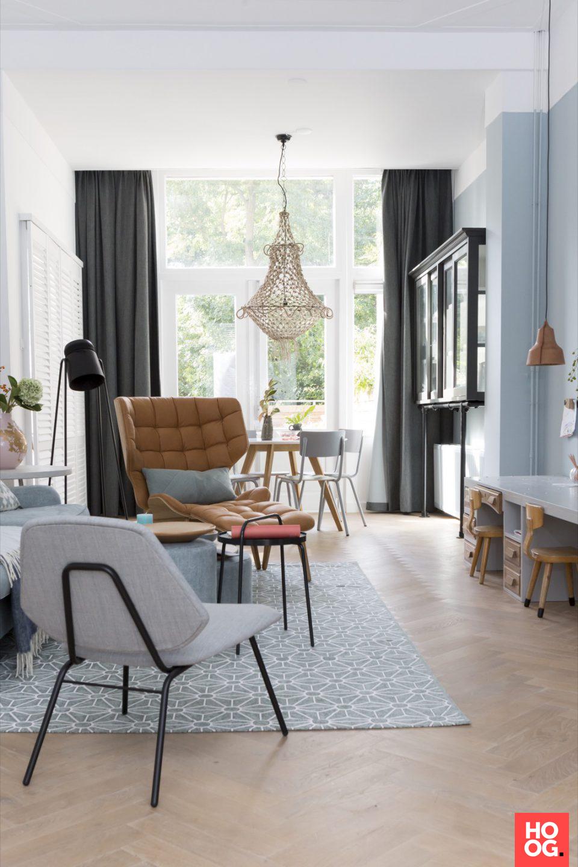 Modern interieur met design meubels | interieur ideeën | woonkamer ...