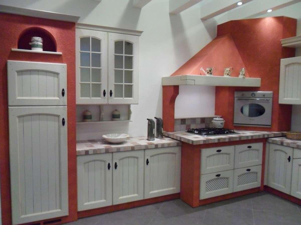 Cucine in muratura rustiche e moderne cucina in muratura bianco per un effetto luminoso - Cucine moderne in muratura ...