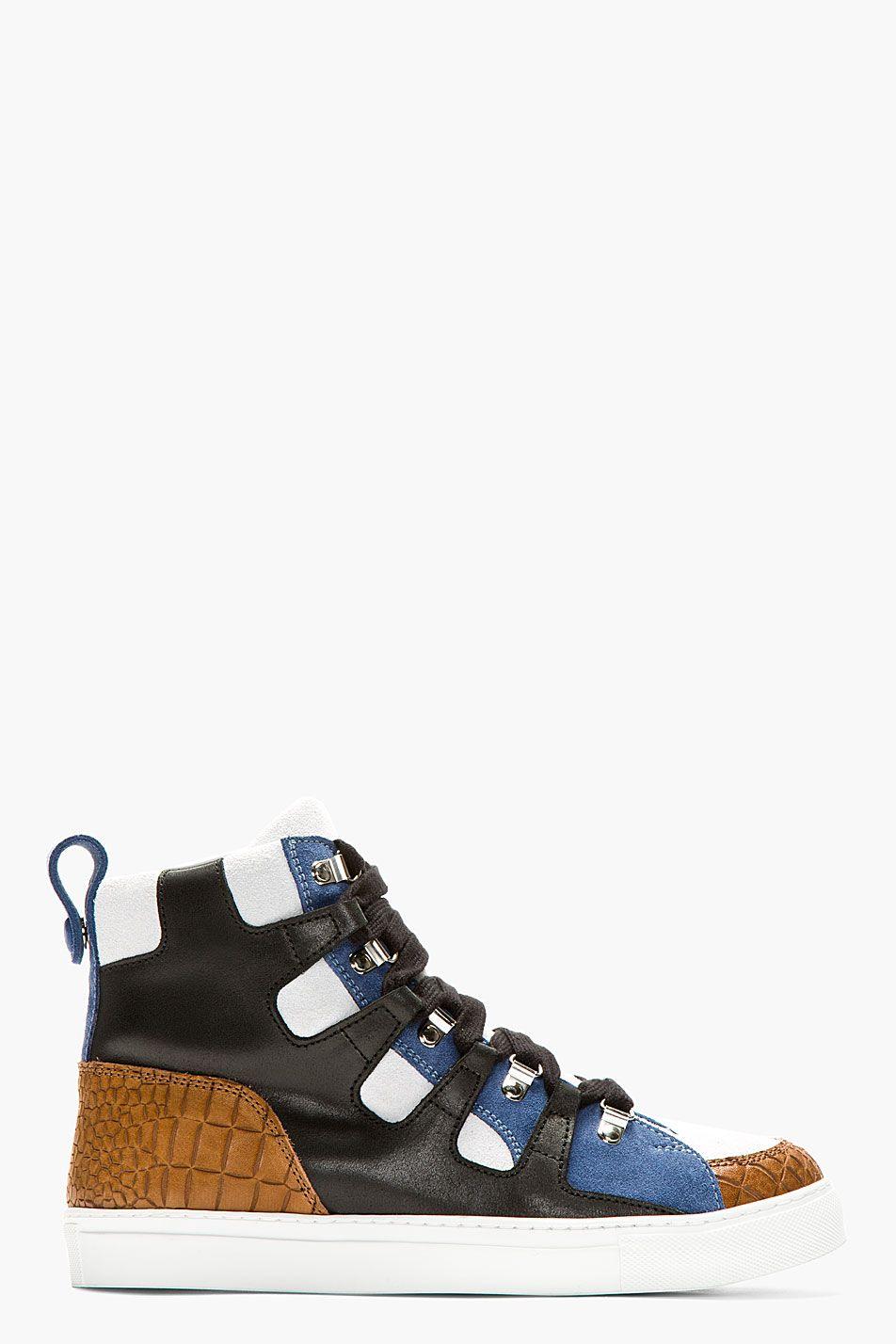 KRISVANASSCHE Black Panelled High-Top Sneakers. Kris Van Assche es mi gallo.