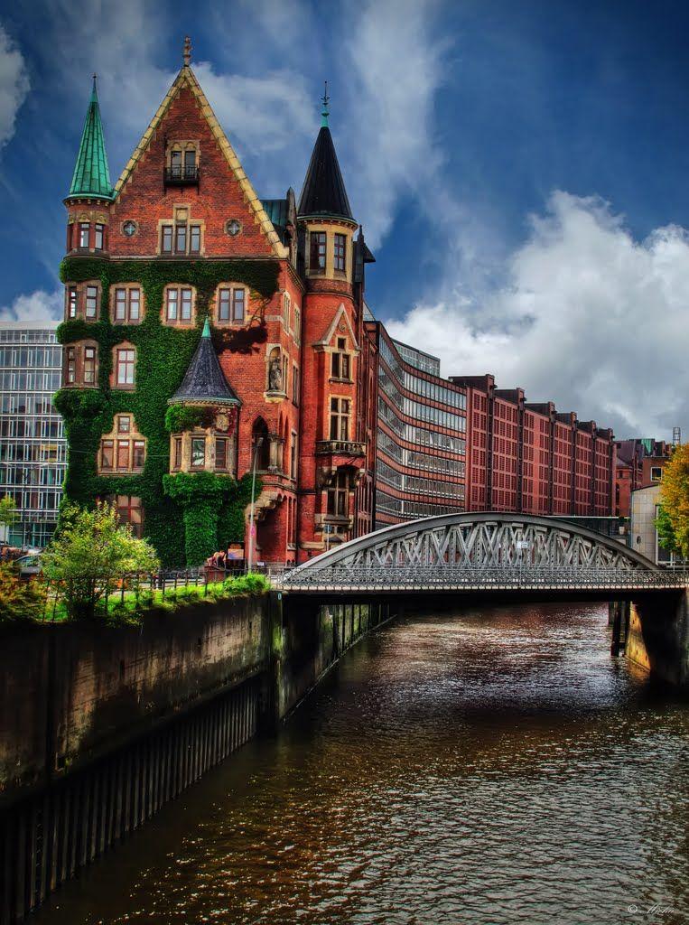 Speicherstadt Hamburg Am Sandtorkai Mit Neuerwegsbrucke All