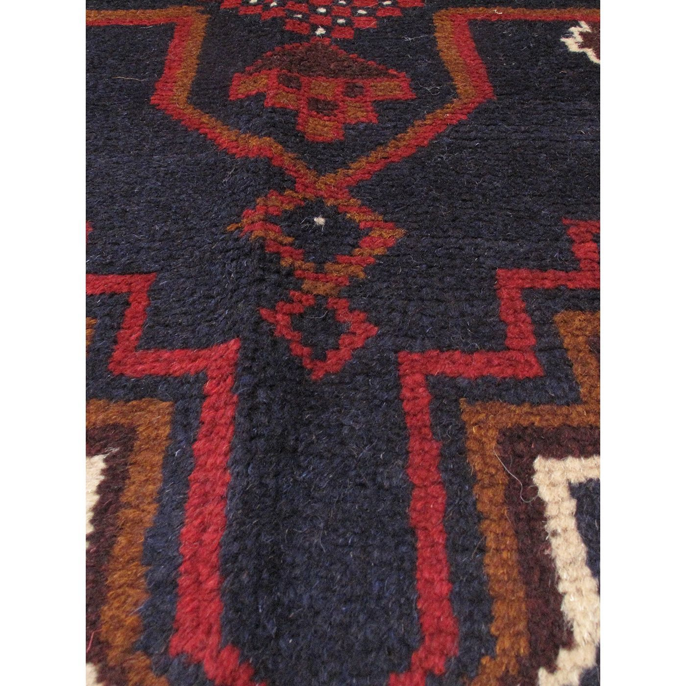 eCarpetGallery Kazak /Red Hand-knotted Oriental Area Rug
