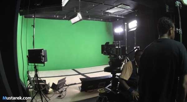 استديوهات سمارت فيجن استديو كامل تقدم استديو كامل بالكاميرات والاضاء تصوير برامج علي بانرات وكروما ومصورين احترافيين ع Ceiling Lights Track Lighting Home Decor
