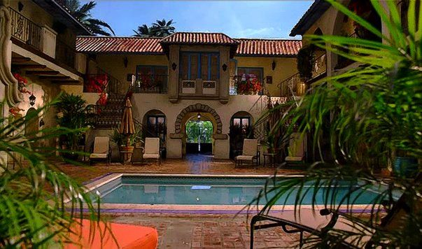 4616 Melrose Place With Images