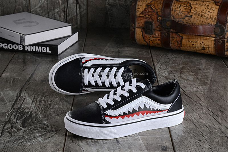 177146ab6d Vans x Shark 2017 Winter Old Skool Limited Edition Leather Black H26 ...