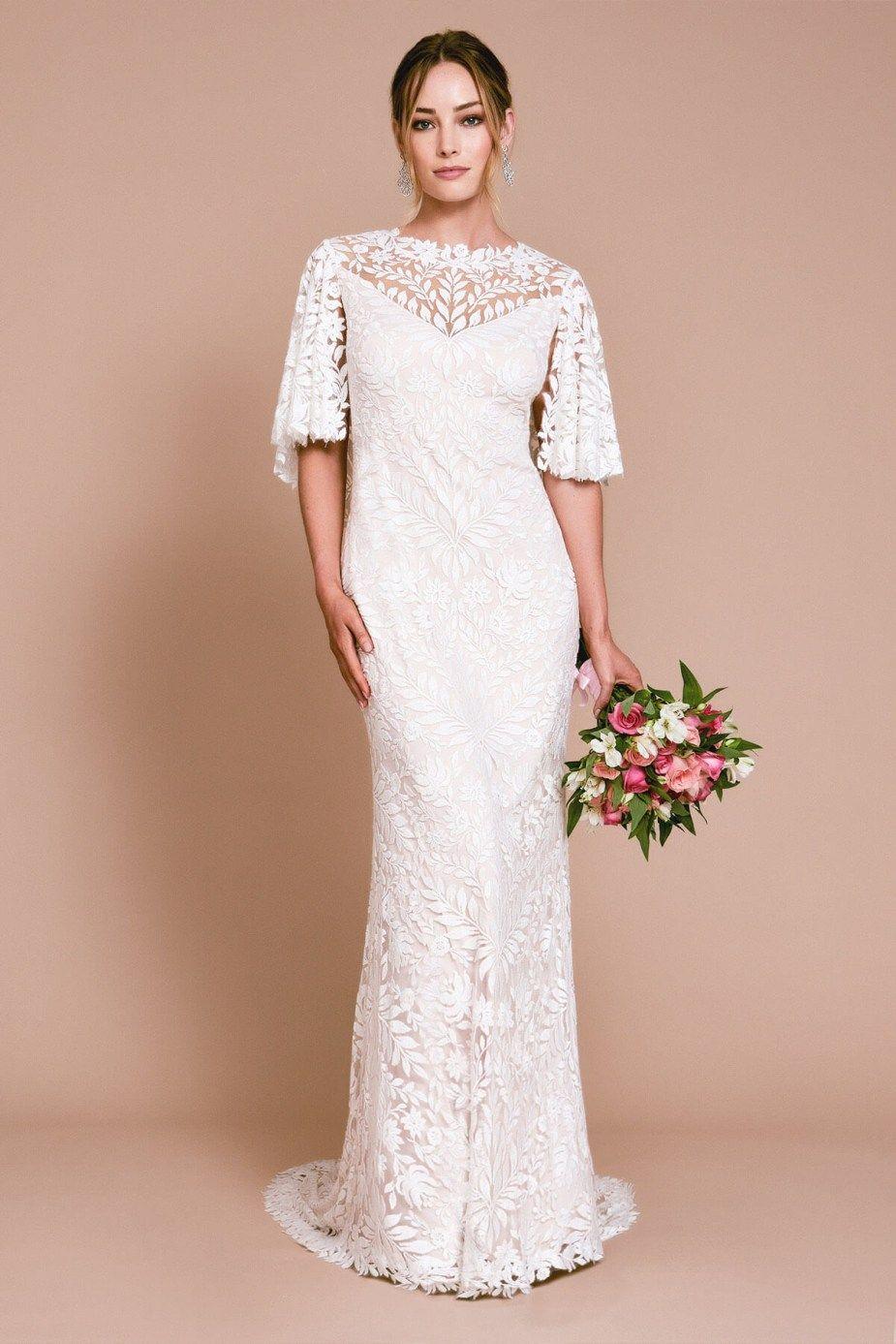 New Tadashi Shoji Wedding Gowns Wedding Dresses For Budget Brides Hochzeit [ 1387 x 925 Pixel ]