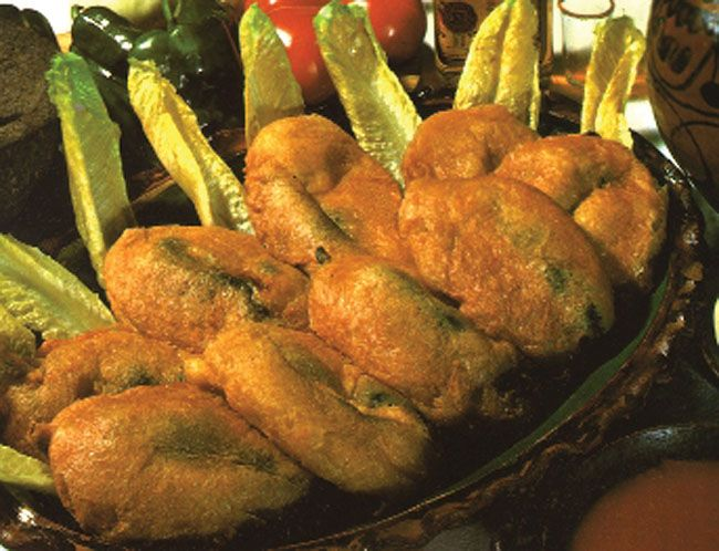 Authentic Mexican Chile Relleno Recipe Chiles Rellenos Mexican Food Recipes Guatemalan