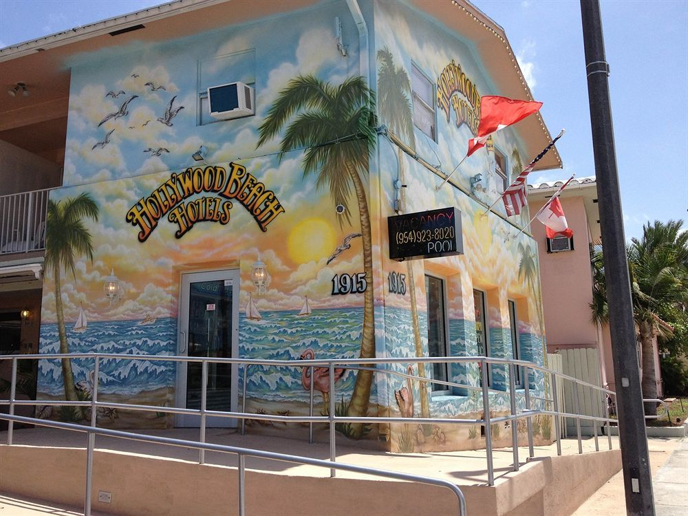 Painted Hotel In Hollywood Beach Fl