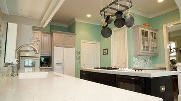 This jaw dropping #kitchen was created using a White Star #RecycledGlass #countertop. #KitchenRemodel #HomeDesign