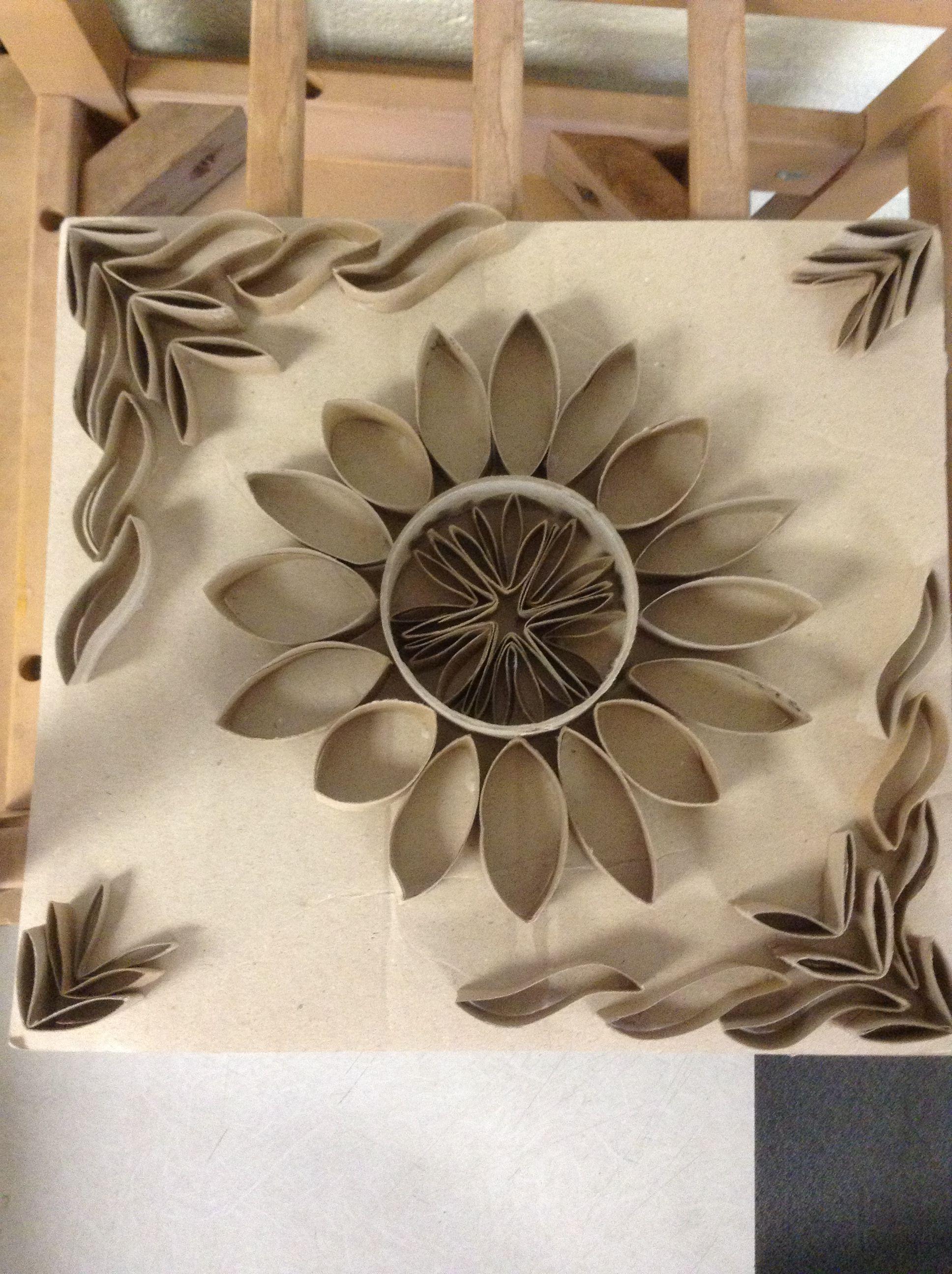 Tp And Paper Towel Roll Art Com Imagens Artesanato Com Rolo De