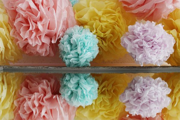 DIY- EXTRA LARGE EASY TISSUE POMS