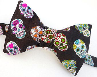 Black Sugar Skull Bow Tie - Mens Day of the Dead Bowtie - Pure Silk - Dia De Los Muertos - Perfect for A Halloween Wedding