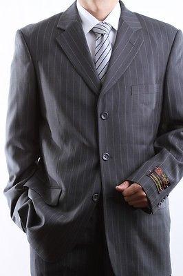 MEN'S THREE BUTTON GRAY PINSTRIPE DRESS SUIT SIZE 40R PL-64013-GRE