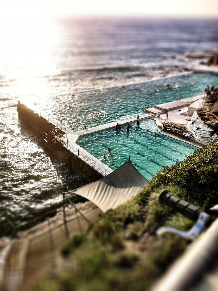 Icebergs Bondi Entouriste Amazing swimming pools, Cool