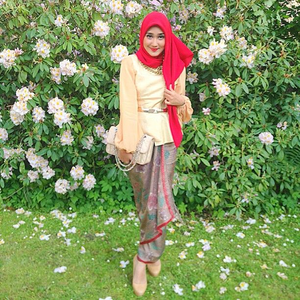Koleksi Foto Dian Pelangi Fashionistah Gaun Kebaya Dan Model