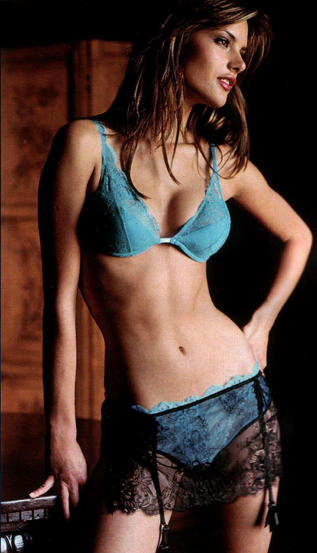Alessandra Ambrosio - Full Size - Page 50