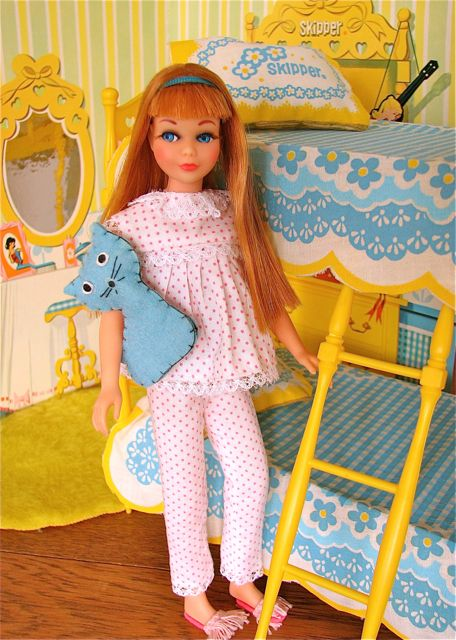 "Skipper wearing ""Dream Time"" outfit with Go-Together Bunk Beds with Bedroom Backdrop by Mattel, 1960's"