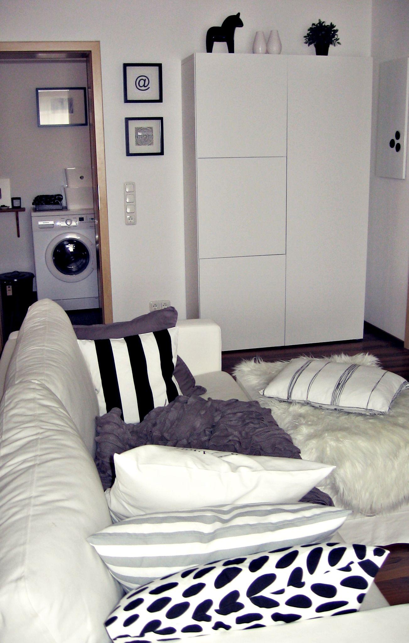 Wohnzimmer, Bad Weiß Grau Schwarz Ikea